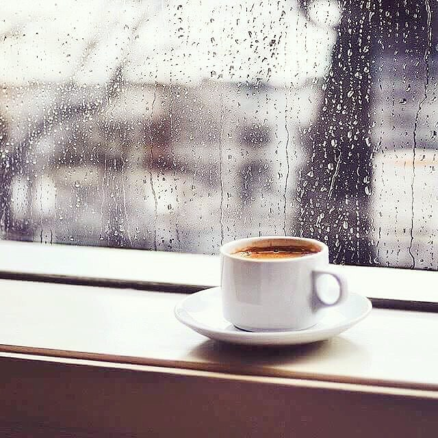 Heart warming coffee on a cold rainy morning... ☕️
