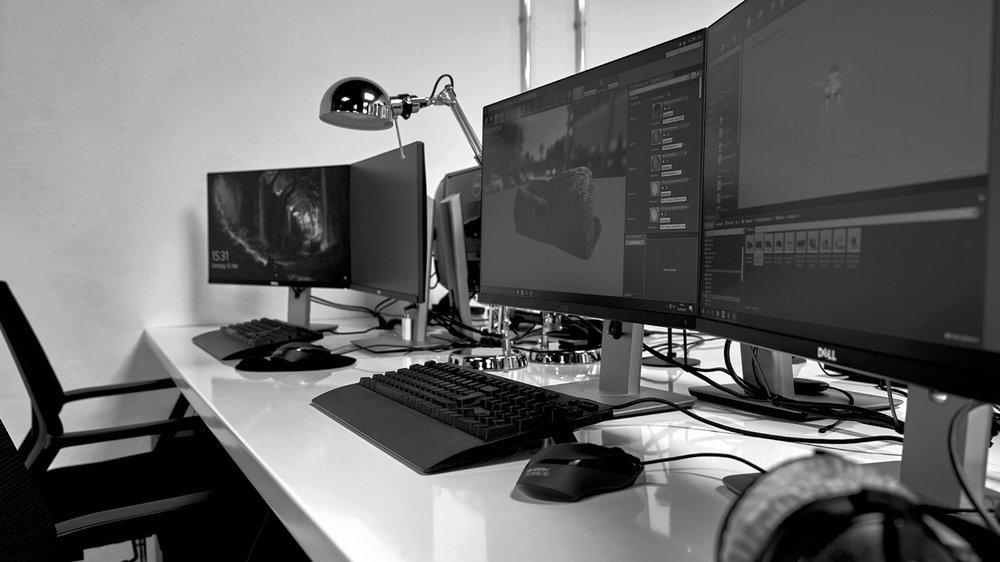 3D GRAPHICS &CGI DEVELOPMENT - Unsere CG-Fähigkeiten ermöglichen es uns, komplette Umgebungen von Grund auf in der virtuellen Realität zu erstellen und Full-Motion-Videos zu erstellen. Deine Fantasie ist wirklich die Grenze. Wir spezialisieren uns auch darauf, CG und reales Video zu fusionieren und simulierte und anpassbare Live-VR-Umgebungen zu entwickeln.