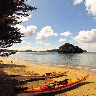 Phils kayaks Stewart island.jpg