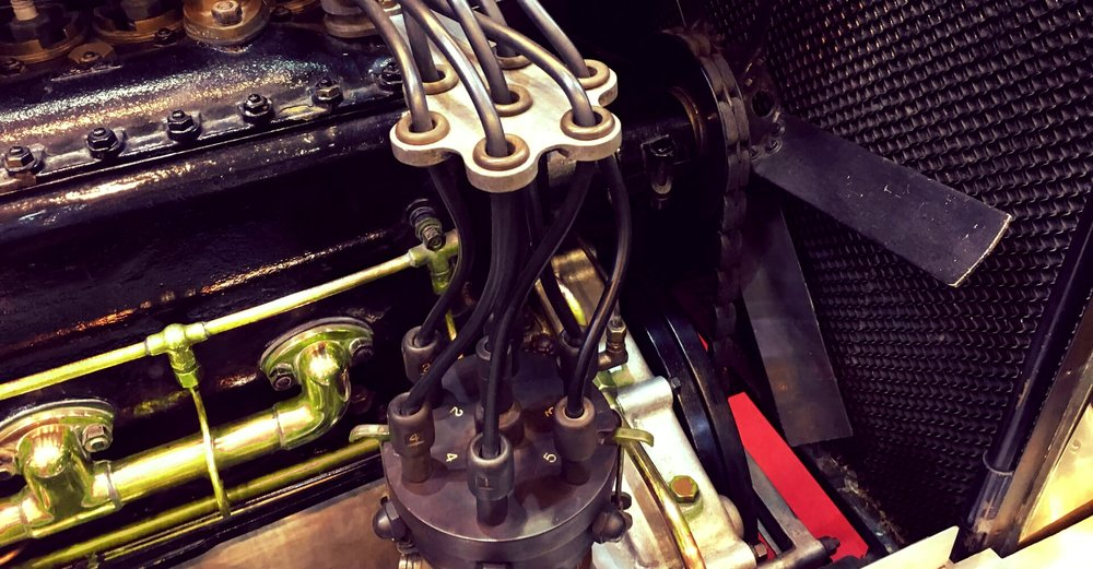 Bentley engine with brass components
