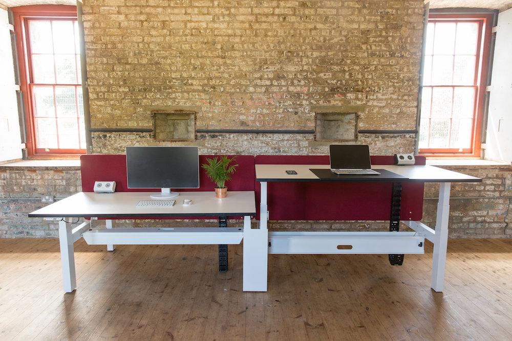 Technology Desking_048.jpg