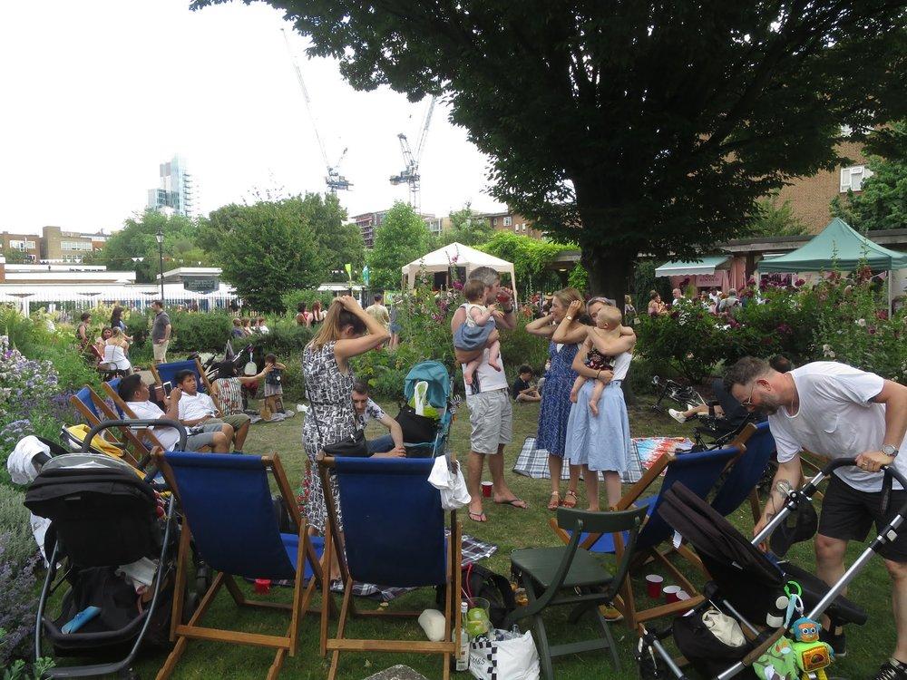 garden picnics.JPG
