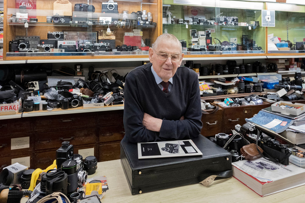 Reg, Photographic & HiFi retail