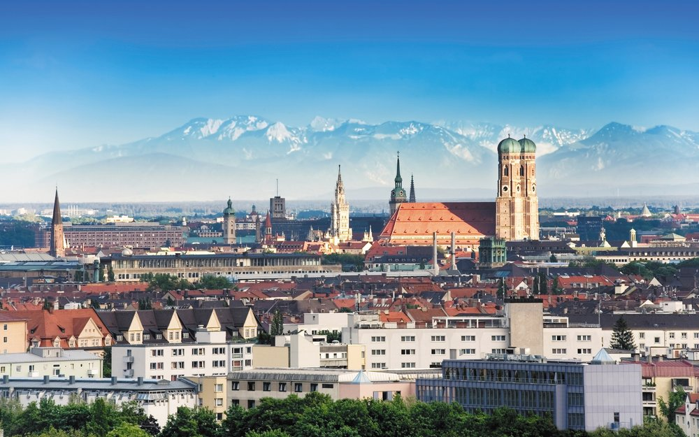 munich_city_skyline_59206_1680x1050.jpg