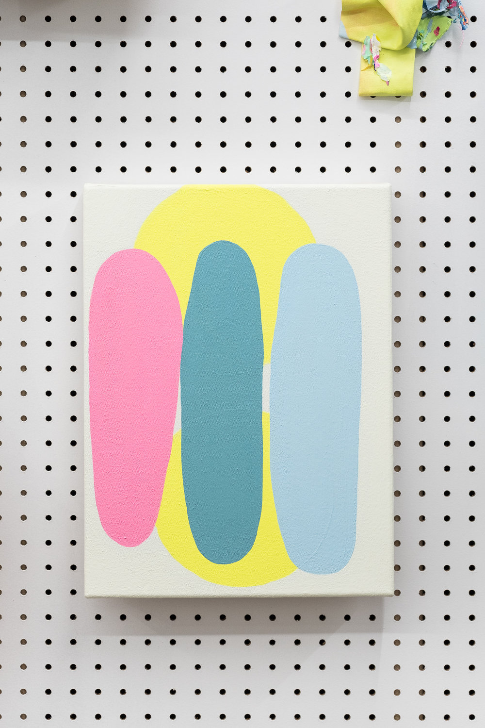 Jeanie Riddle. Records on Vinyl, 2018. 17 x 11 in. Acrylic on canvas. [Photo by Morgane Clément-Gagnon]