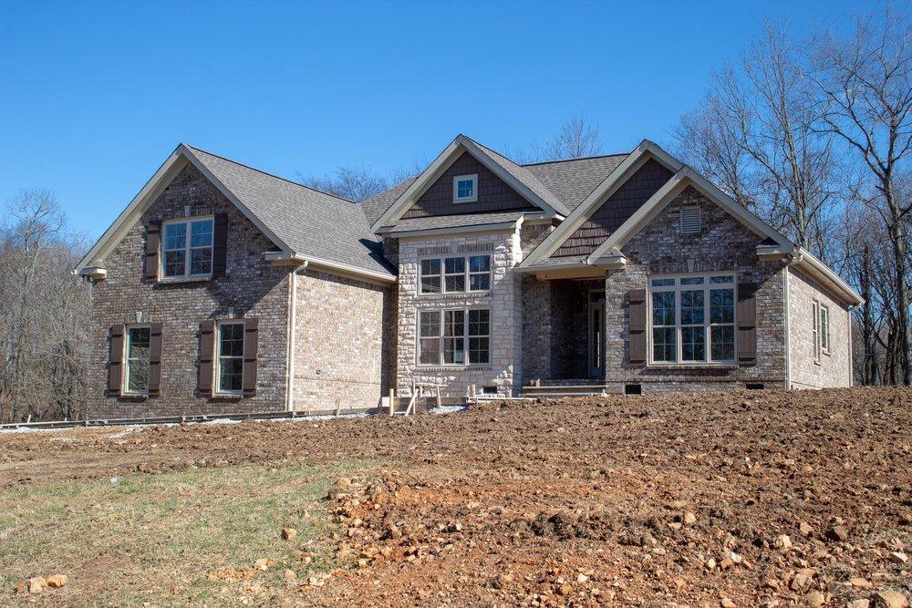 1390 Theta Pike, Columbia, TN   PURCHASED PRICE $393,900  3 BEDS · 2 BATHS · 2474 SQF