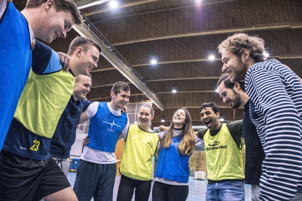 The Finnish Student Sports Federation OLL was founded in 1924. During its over-90-year existence, OLL has been involved in launching sports traditions such as the Academic Quarter running race as well as supported both Finnish and international student sports.  Photo: OLL / Mikael Alfors (2010s)