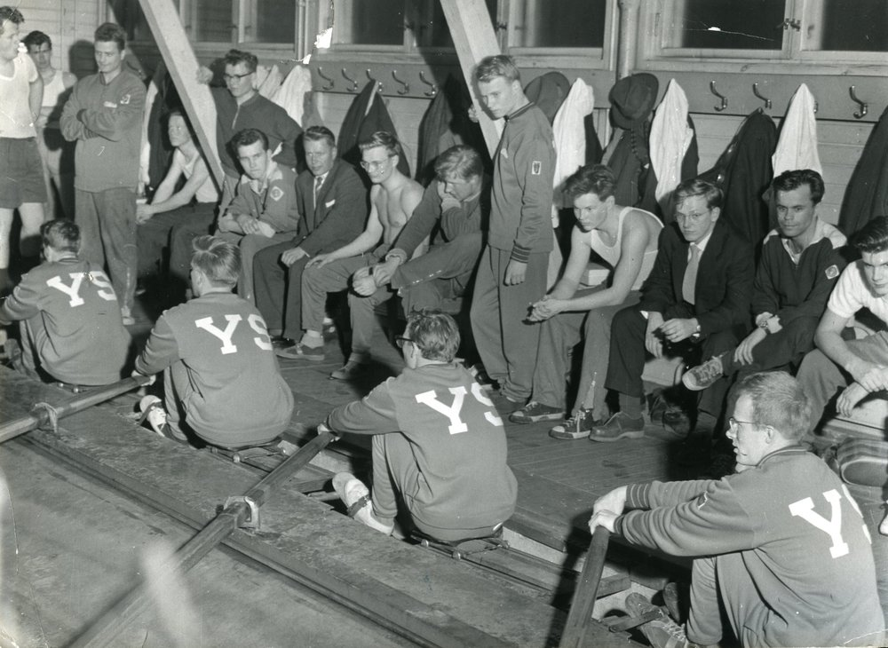 The Student Union has a great deal of different sports clubs operating under it. Some of the clubs operate on a hobby basis, whereas some also compete. The rowing club Ylioppilassoutajat, which has since ceased its operation, pursued success in competitions in the 1950s.  Photo: HYY's Archives (1959)