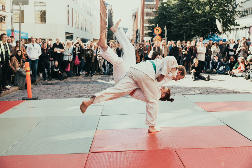 Martial arts demonstration at the Opening Carnival.   Photo: HYY's Archives (2015)