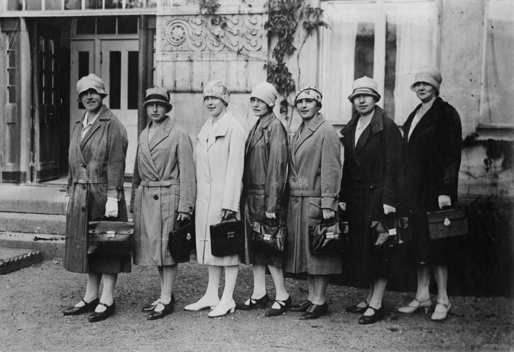 The lung inspections that Göta Tingvald started in Helsinki in 1932 represented the earliest organised healthcare offered to students in Finland. The inspections were done in Hämäläisten talo. The photo shows nurses of the tuberculosis office who worked under Tingvald's guidance.  Photo: Helsinki City Museum (1931)
