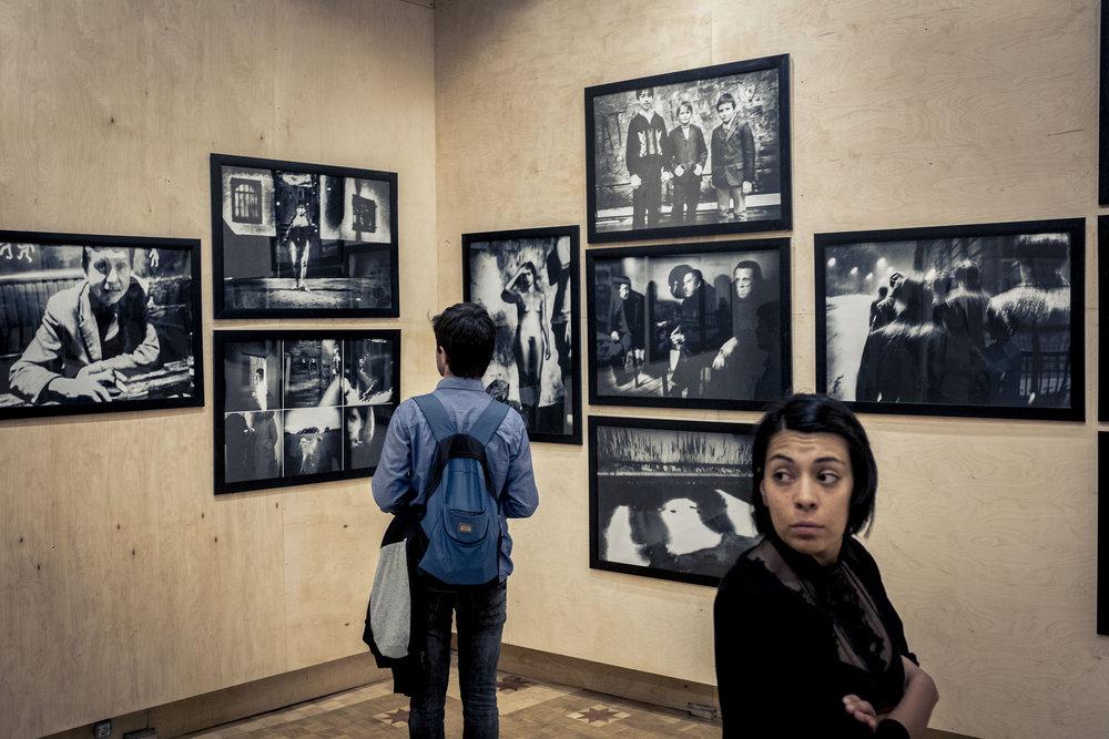 Eine Ausstellung in der Alten Karawanserei