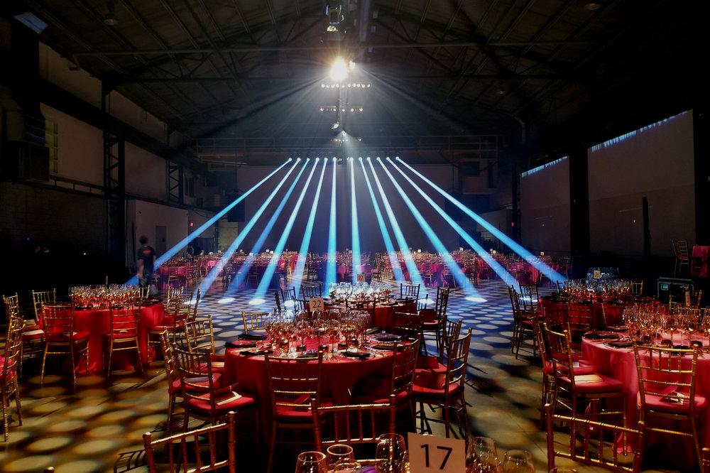 Éclairage - Ranger a accès à plusieurs marques d'éclairage. Vous cherchez des luminaires LED, dans lampes motorisées, un produit créatif pour un projet spécial? Nous avons accès à un large éventail de marques très réputées dans le domaine, n'hésitez pas à nous contacter!