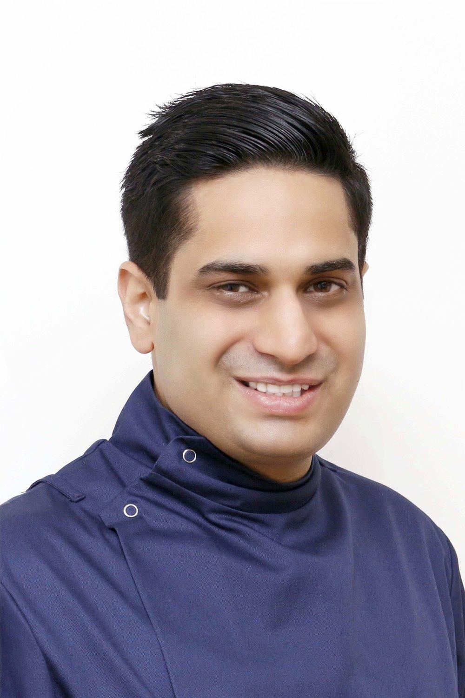 Dr Raahil Khatib.jpg