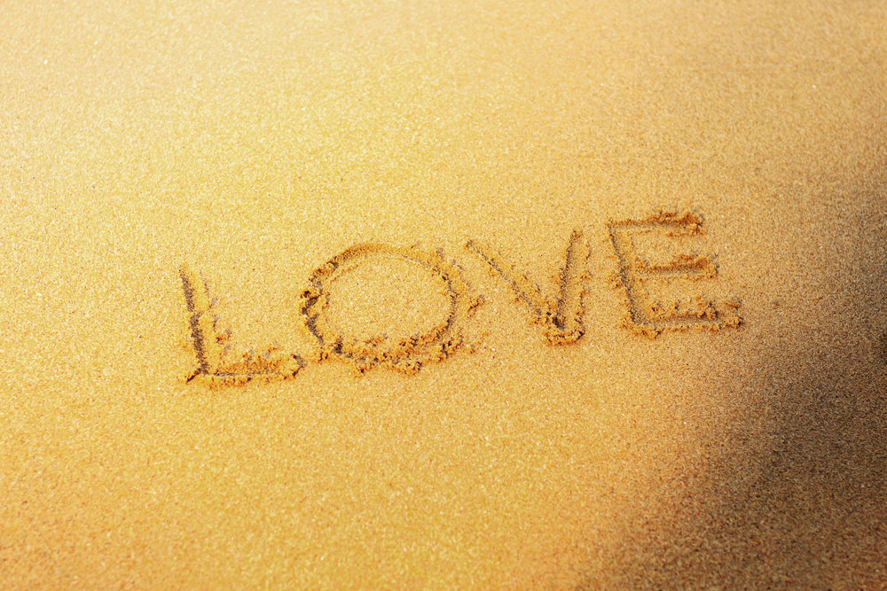 love-on-sand-beach-F3J48CG.jpg