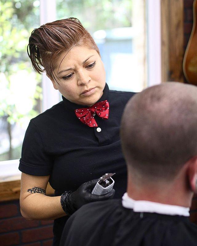 @lori__lozano Book through her bio. #mensfashion #menshaircuts #barber #barbershop #barberlife #mensstyle #barbering #menshairstyles #gentscuts #barbershopphotograher #barbershopphotography #barberswork #photogrpaher #photography #photos #mywork #barberswife #workmode #yourworkismywork #gettingitdone #progress #smallbusinessowner #entrepreneur #growingup #professional #barberindustry