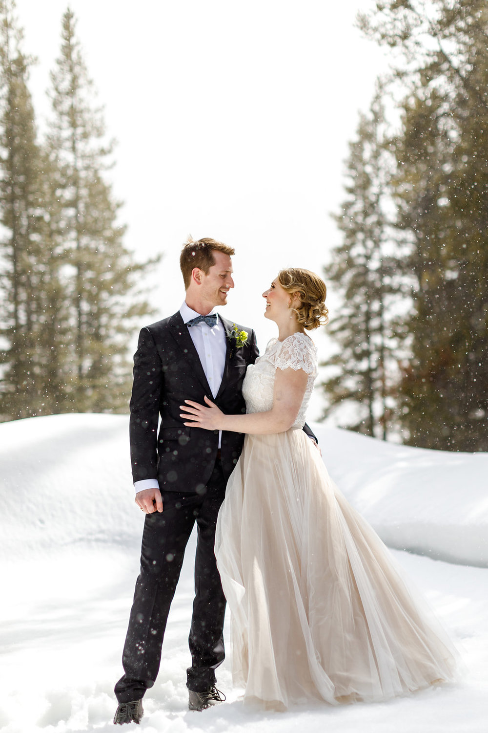 Photos by Kendal + Kevin  Our Calgary couple Kate + Ryan adventured to the charming as a postcard, Storm Mountain Lodge in Banff National Park where they celebrated in Scottish style.