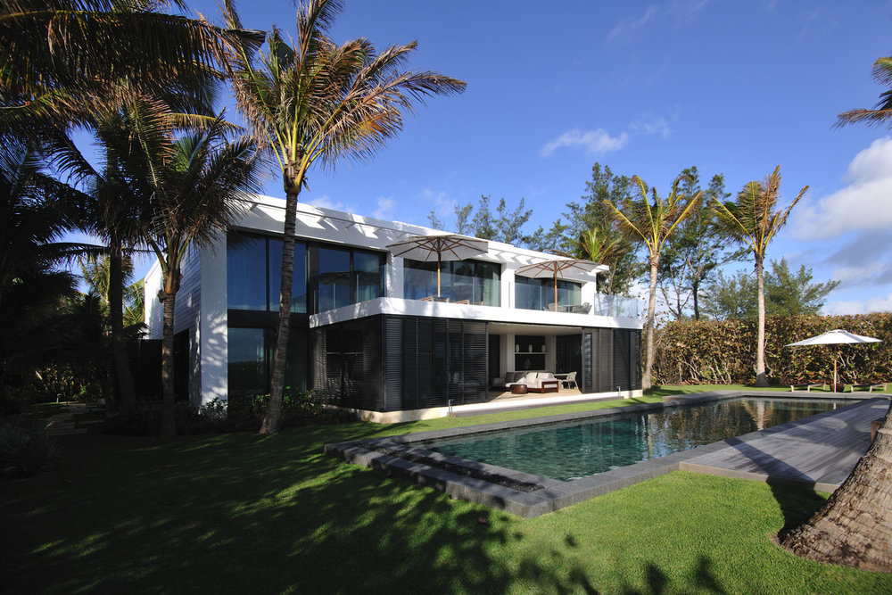 Modern International Landscape and Pool
