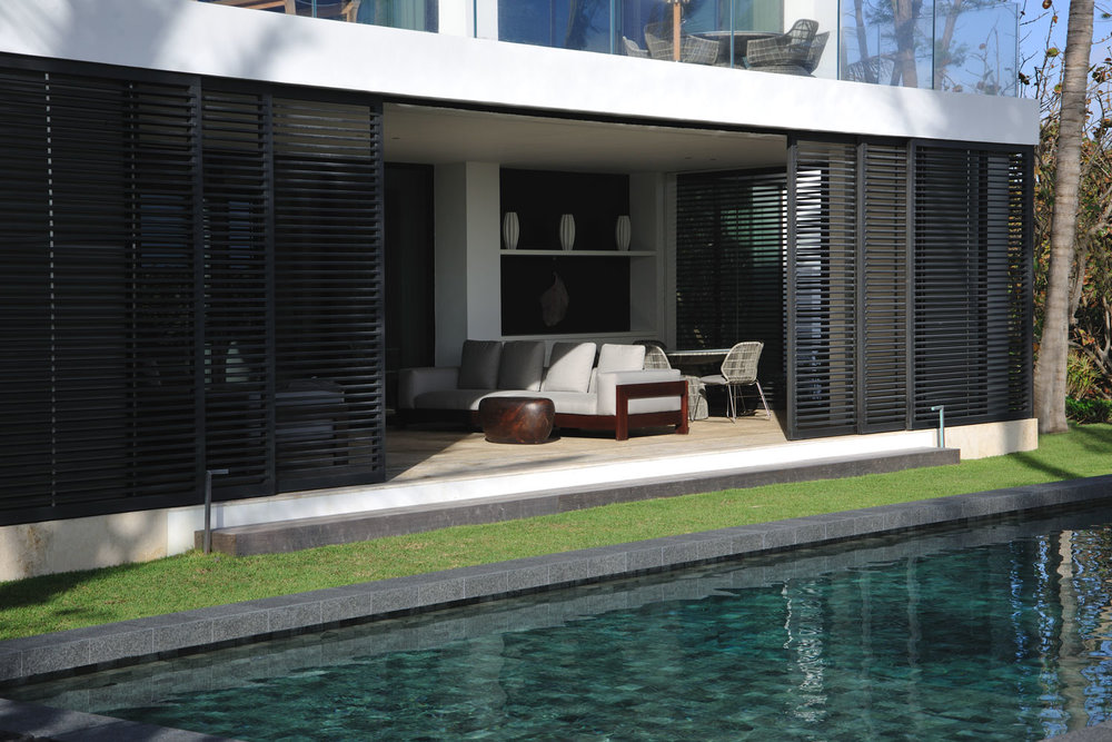 Modern International Terrace and Pool