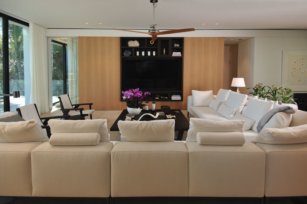 Modern International Upper Living Room