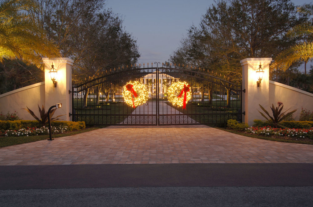 Plantation Home Front Gates