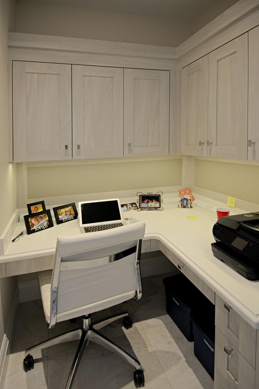 Resort Home Office