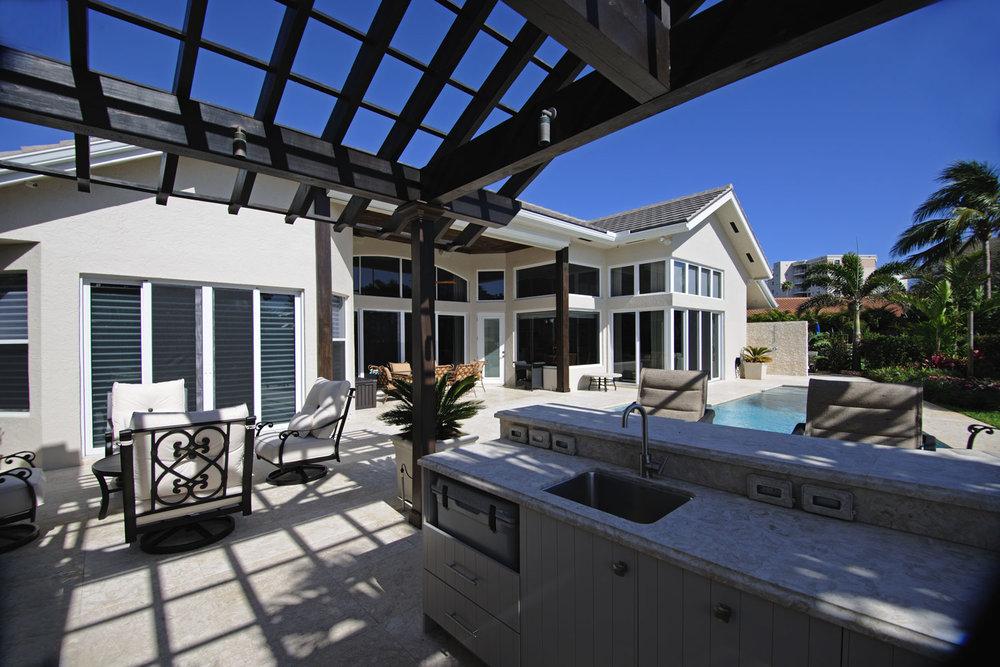 Resort Home Outdoor Kitchen