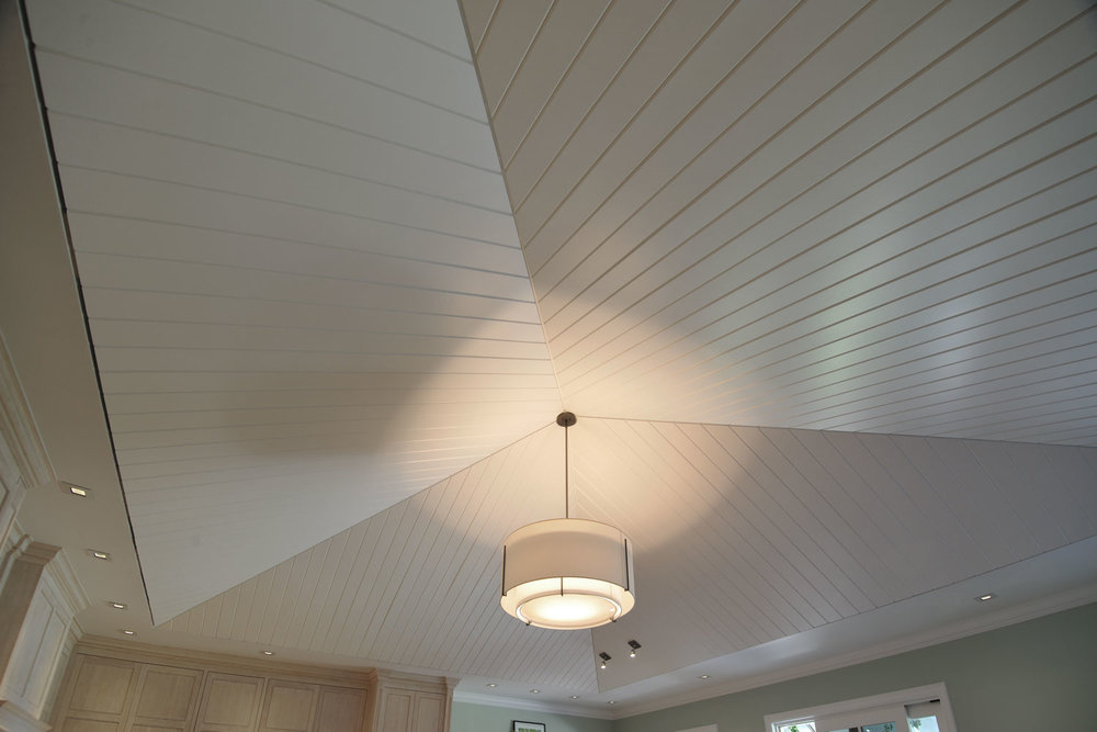 Classic Palm Beach Coastal Kitchen Ceiling