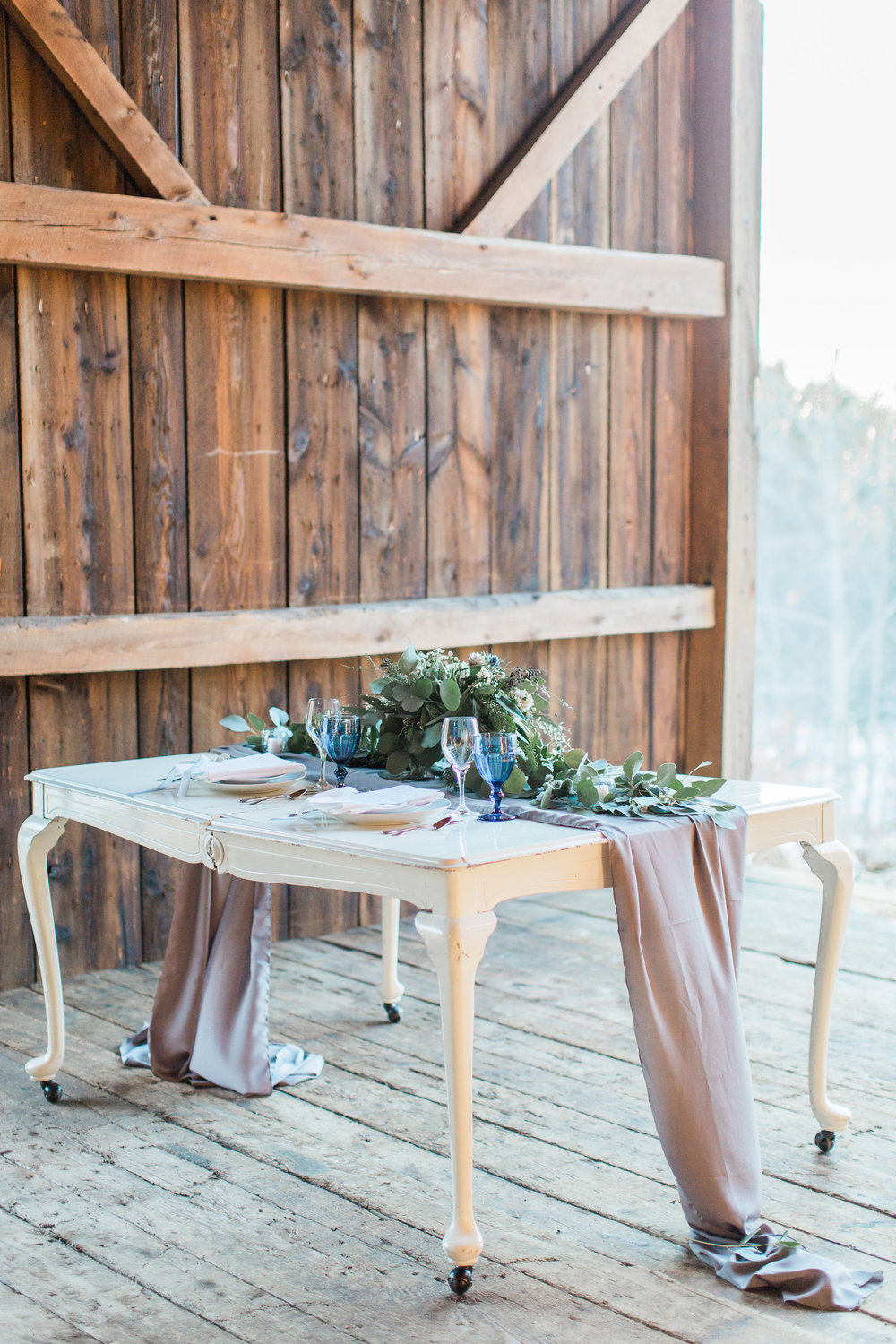 Cunningham_Farm_Winter_Styled_Wedding_Shoot_Meredith_Jane_Photography-177.jpg