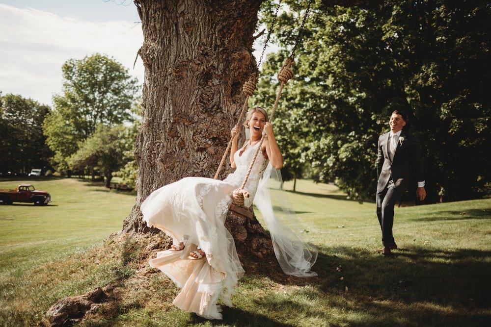 September Stunner Bash - Real Wedding - September