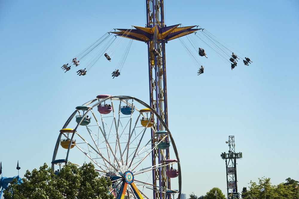 Public on rides at the PNE