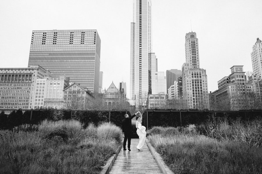 Chicago-Wedding-by-Two-Birds-Photogrpahy-at-Floating-World-Gallery20