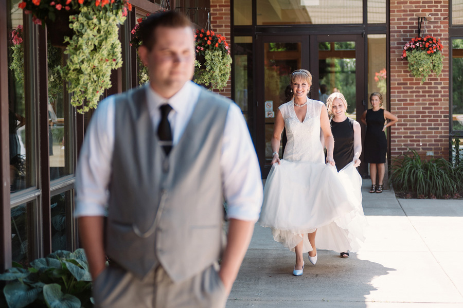 Oak Brook Illinois Country Club Wedding by Two Birds Photography05