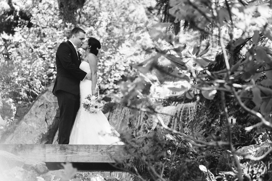 Wedding at Chicago Botanical Garden by Two Birds Photography 17