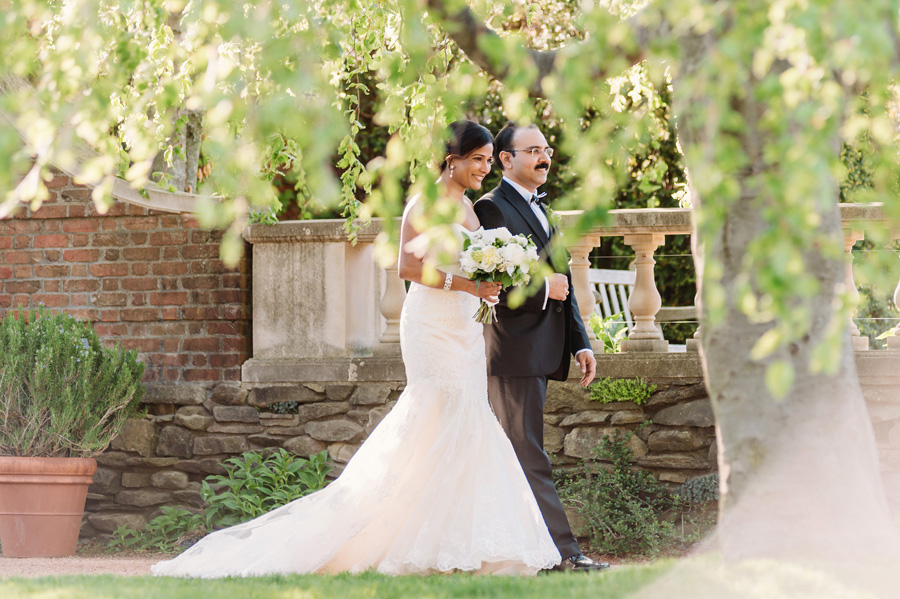Wedding at Chicago Botanical Garden by Two Birds Photography 19