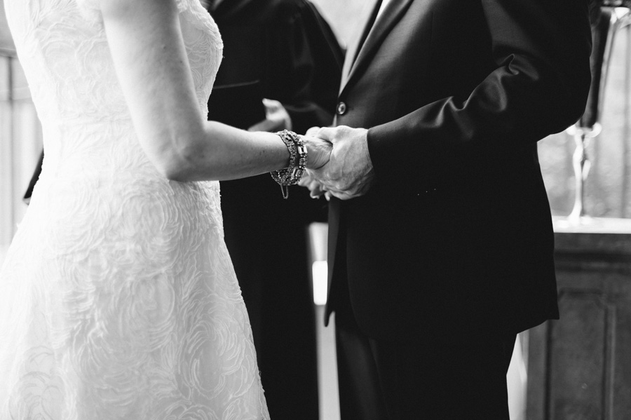 Chicago Wedding at Mon Ami Gabi by Two Birds Photography 06