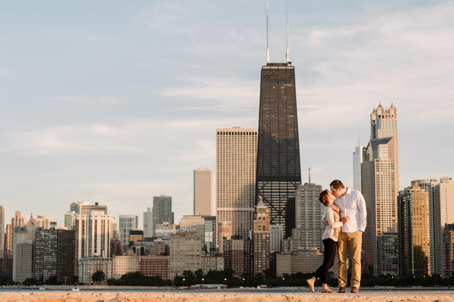 University of Chicago Engagement Session with Ghiradelli Ice Cream and Trip to the Beach by Two Birds Photography010