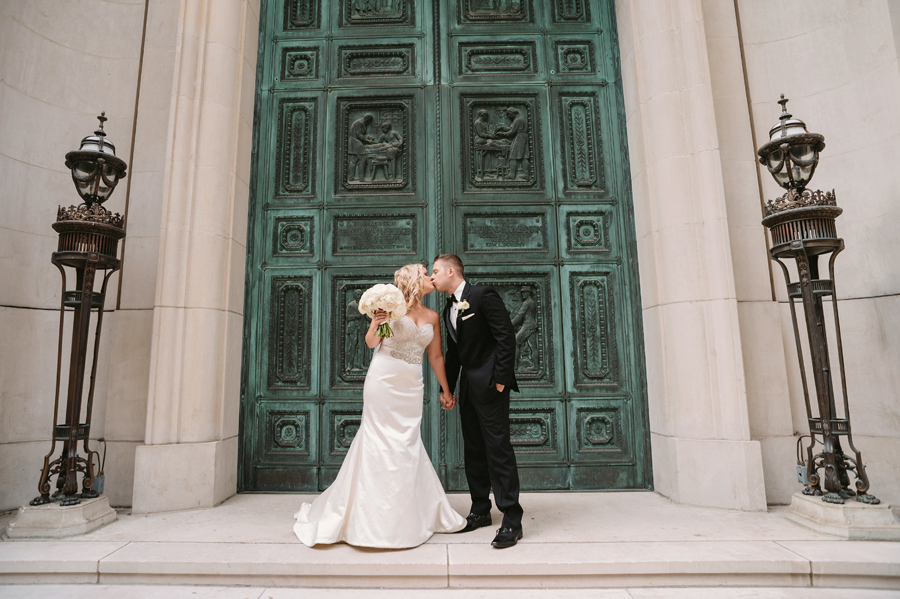 Chicago Wedding at the Murphy by Two Birds Photography22
