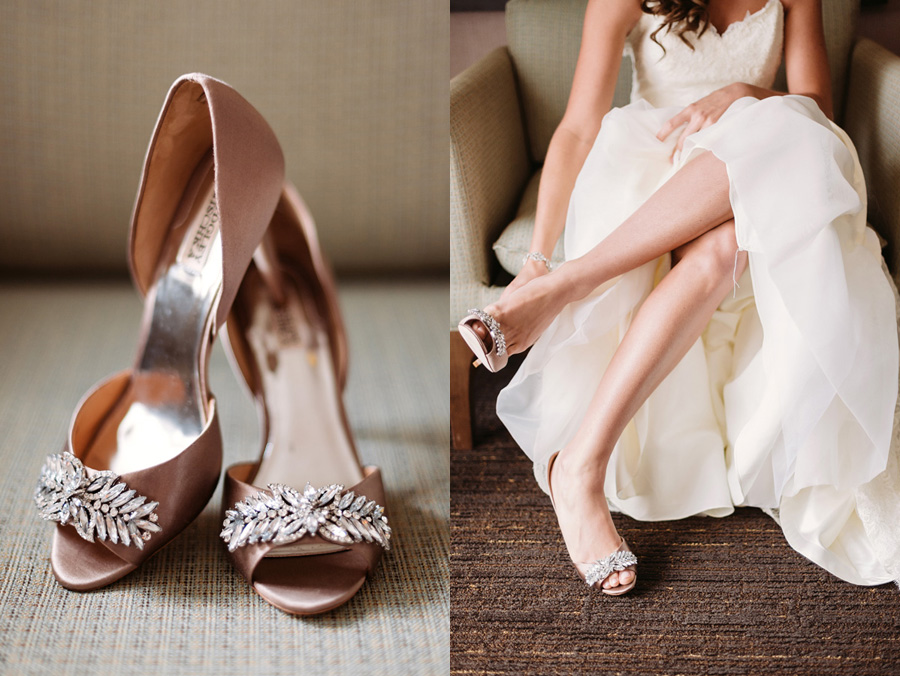 Peach Gray and Cream Western Suburbs Wedding at Oak Brook Hyatt by Two Birds Photography 04