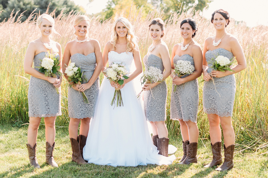 Rustic Barn Wedding by Two Birds Photography15