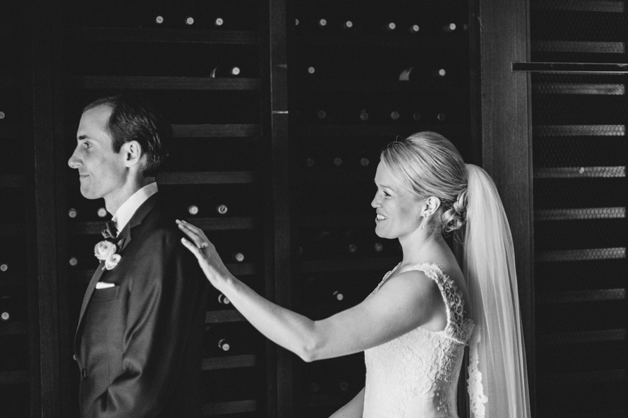 Classic Black Tie Wedding at the Racquet Club of Chicago by Two Birds Photography010