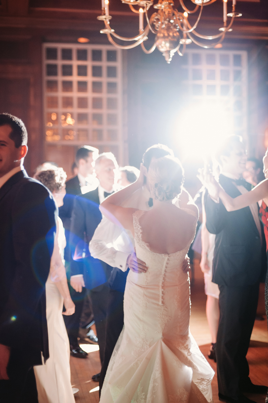 Classic Black Tie Wedding at the Racquet Club of Chicago by Two Birds Photography048