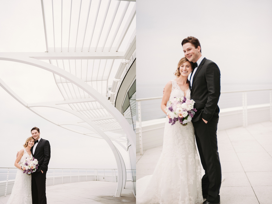 Misty Milwaukee Wedding at Discovery World by Chicago Photographers Two Birds Photography009