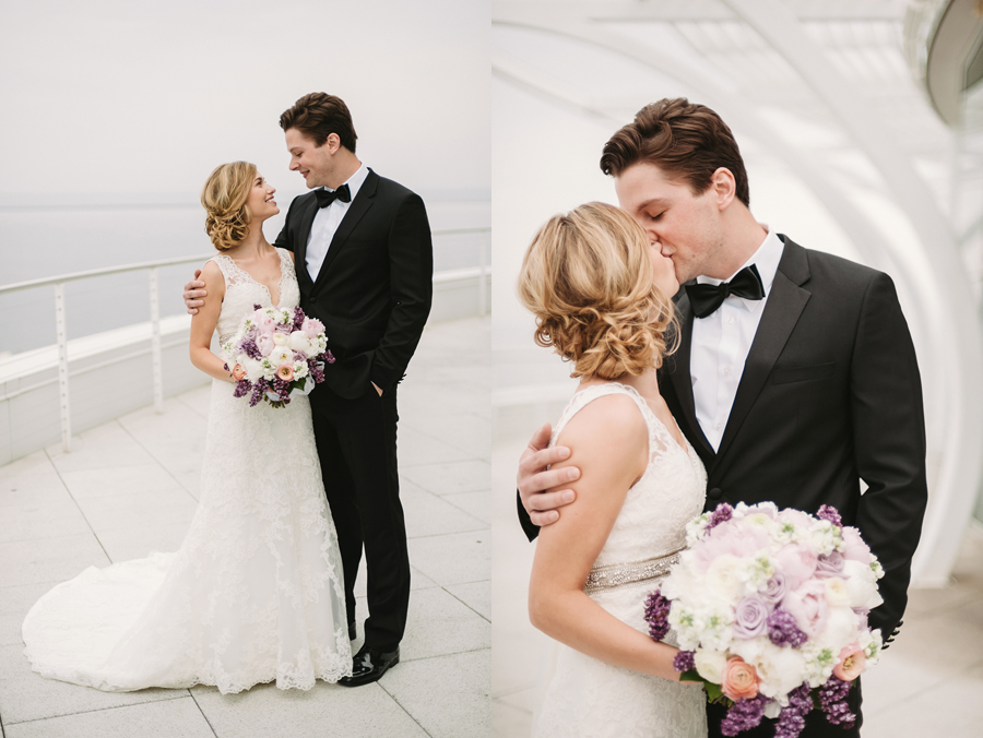 Misty Milwaukee Wedding at Discovery World by Chicago Photographers Two Birds Photography011