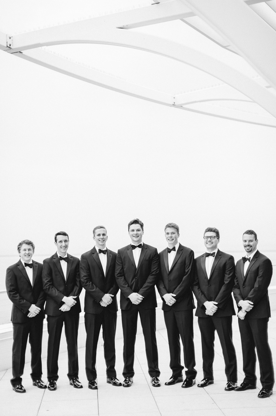Misty Milwaukee Wedding at Discovery World by Chicago Photographers Two Birds Photography012