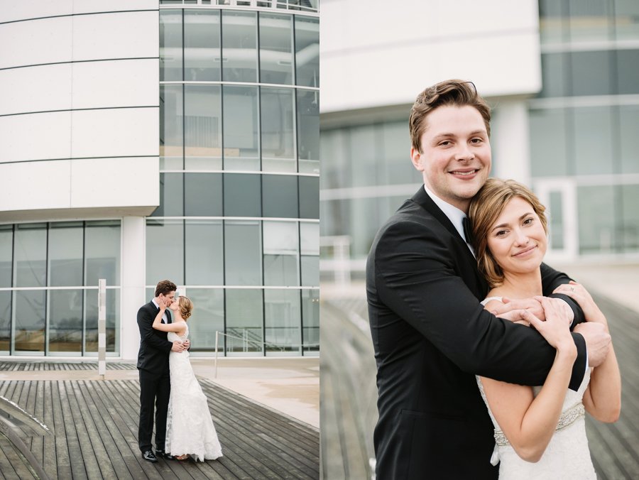 Misty Milwaukee Wedding at Discovery World by Chicago Photographers Two Birds Photography022