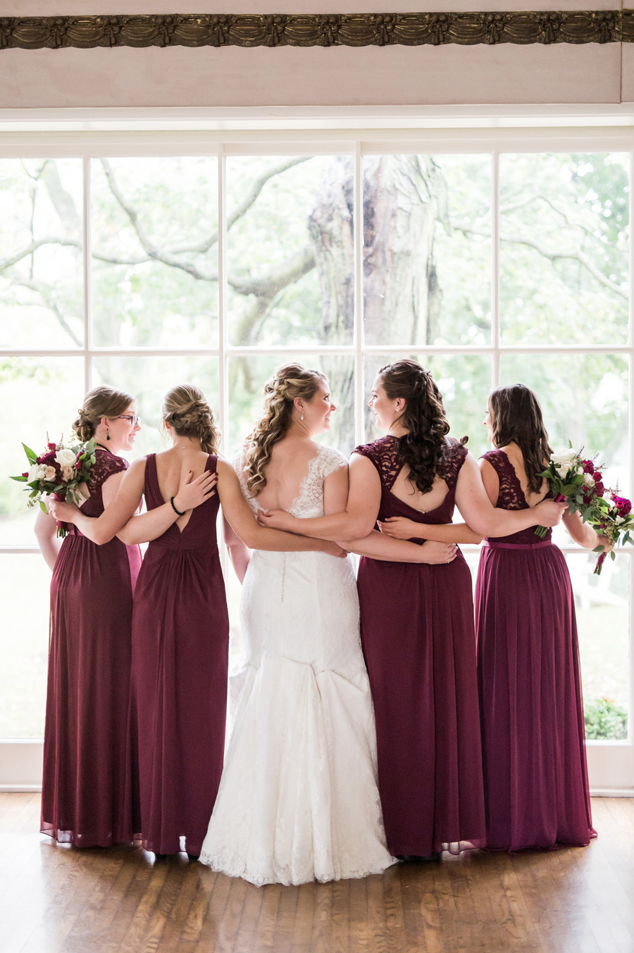 Group photo of bride and her bridesmaids.