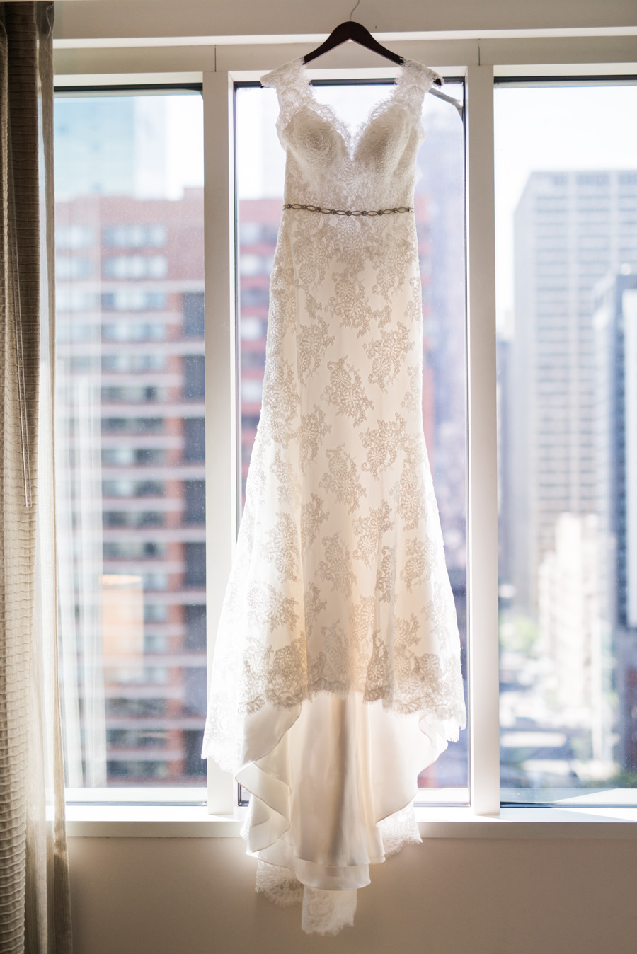 Hyatt Magnificent Mile, Chicago, Illinois. Wedding photography by Two Birds Photography. Classic, timeless, and natural light. Serving Chicago and the suburbs.