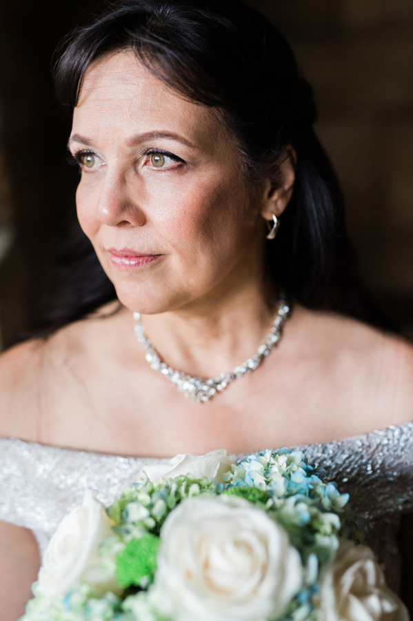 Portrait of bride.