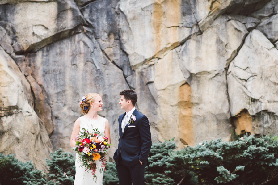 Bride and groom at the Brookfield Zoo.