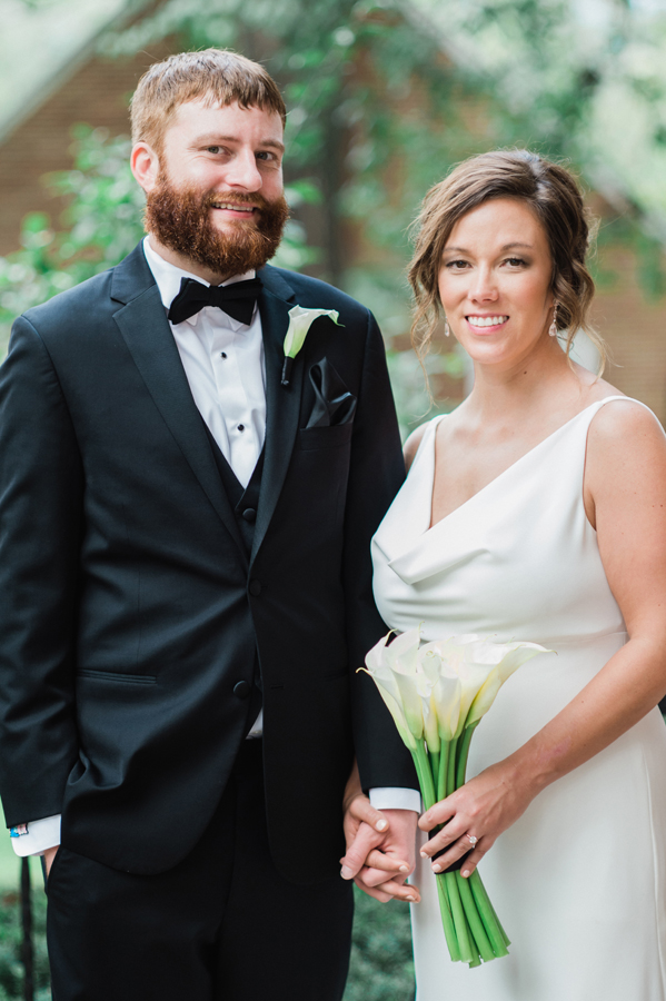Portrait of bride and groom at Kalamazoo College.